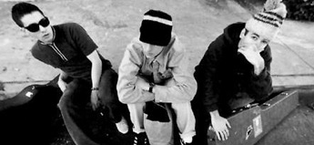 Beastie Boys「Finger Lickin' Good」